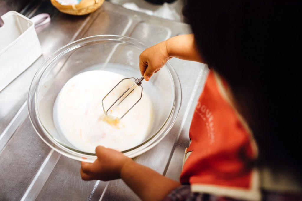 2歳9ヶ月の子どもとホットケーキ作り